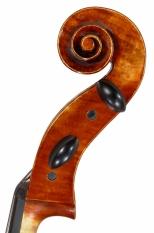 cello-tête-coté